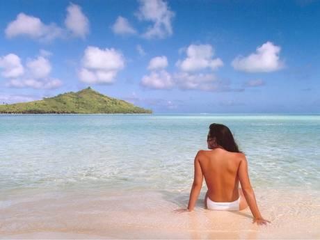 """""""Jennifer in paradise"""" - la première photo édité avec Photoshop. Elle montre la petite amie de Thomas Knoll (qui est devenue sa femme depuis) à Bora Bora en août 1988."""